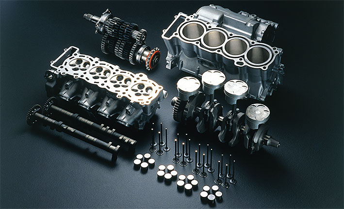 Yamaha R1 1999 engine components